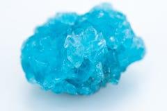 Minerale della calcantite isolato sopra bianco Fotografia Stock Libera da Diritti