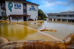 Mineraliskt medicinskt vatten för Pam Thermal Hotel Hot vår arkivfoto