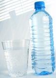 mineralvatten Arkivbild