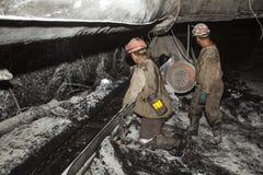 Minero en una mina Imagen de archivo libre de regalías