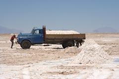 Mineros de sal, Salar de Uyuni Fotos de archivo