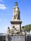 Minerva Monument på den gamla bron i Heidelberg Royaltyfria Foton