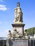 Minerva Monument sur le vieux pont à Heidelberg Photos libres de droits
