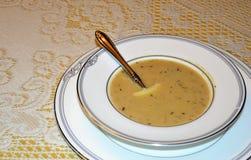 Minestra arrostita dell'aglio con parmigiano Fotografia Stock