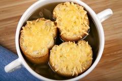 Minestra della cipolla con formaggio Fotografia Stock Libera da Diritti