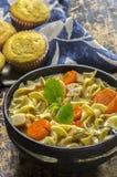 Minestra di pasta calda fatta fresca del pollo Fotografie Stock