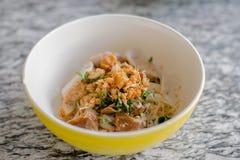 Minestra tailandese con carne di maiale fotografie stock