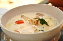 Minestra tailandese con frutti di mare Fotografie Stock