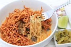 Minestra tailandese nordica del curry della tagliatella (Khao Sawy) Immagini Stock