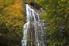 Mingo Falls nära Cherokee, North Carolina Royaltyfri Bild