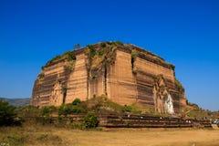 Mingun塔,在缅甸(Burmar)的Mingun 免版税库存照片