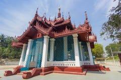 Mingun Bell - campana di squillo del ` s del mondo la più grande immagine stock