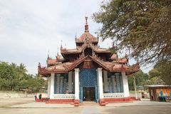 Mingun klocka Myanmar royaltyfria foton