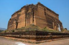 MINGUN, MYANMAR -The unfinished Mingun pagoda Royalty Free Stock Photos