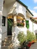 Minha casa do fim de semana no país verde Fotos de Stock Royalty Free