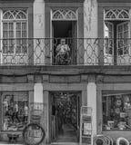 Minho/Portogallo 9/5/2016 - commercio locale con la residenza qui sopra Fotografia Stock Libera da Diritti