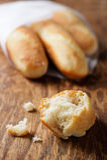 Mini baguettes freschi Immagine Stock Libera da Diritti