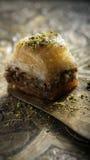 Mini- baklava på ett orientaliskt magasin Arkivfoton