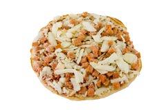 Mini bevroren pizza op wit Stock Afbeeldingen