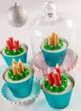 Mini bigné del dessert di Natale Fotografia Stock Libera da Diritti