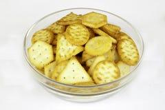 Mini biscuits sur la cuvette photo libre de droits