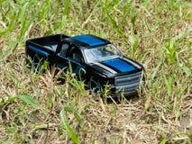 Mini Blue SUV con las rayas al aire libre imagen de archivo libre de regalías