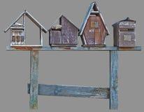 Mini boîtes aux lettres en bois d'isolement de maison Photos libres de droits