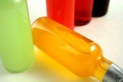 Mini botellas de la barra fotos de archivo