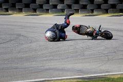 Mini caída de la acción del campeonato de la bici Imagen de archivo