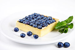 Mini cake with blueberries and mint Royalty Free Stock Images