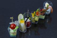Mini canap com elementos da cozinha molecular imagem de stock royalty free