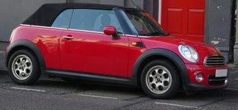 Mini Car convertibile rosso Fotografie Stock Libere da Diritti