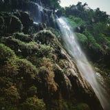 Mini cascata Rishikesh immagine stock