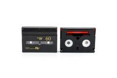 Mini cassettes de DV d'isolement sur le blanc photographie stock libre de droits