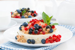 Mini cheesecake with fresh berries, horizontal Royalty Free Stock Photo