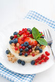 Mini cheesecake with fresh berries, top view Stock Photos