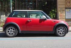 Mini coche rojo en Turín Imágenes de archivo libres de regalías