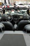 Mini Cooper Cabrio visade på den 3rd upplagan av MOTO-SHOWEN i Cracow Royaltyfria Bilder