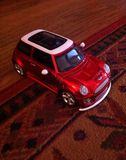 Mini Cooper vermelho S fotos de stock
