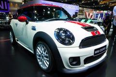 Mini Coper D bil på expo för Thailand Internationalmotor Royaltyfria Bilder
