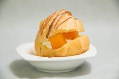 Mini Cream Puffs fresco doce, Profiterole fotografia de stock