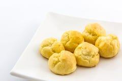 Mini Cream Puffs fresco doce, Profiterole, Choux, Eclair fotos de stock