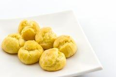 Mini Cream Puffs fresco doce, Profiterole, Choux, Eclair foto de stock
