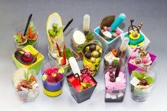 Mini dessert e canape della carne di verdure Immagini Stock Libere da Diritti