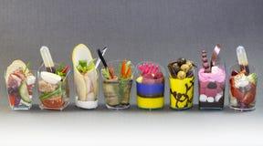 Mini dessert e canape della carne di verdure Immagine Stock
