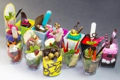 Mini dessert e canape della carne di verdure Fotografie Stock