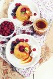 Mini do góry nogami ananasów torty Zdjęcie Royalty Free