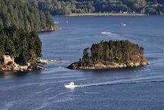 Mini eiland in de inham Stock Foto