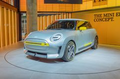 Mini Electric Concept bil på IAA Arkivbilder