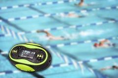Mini fond portatif de piscine MP3 Images libres de droits